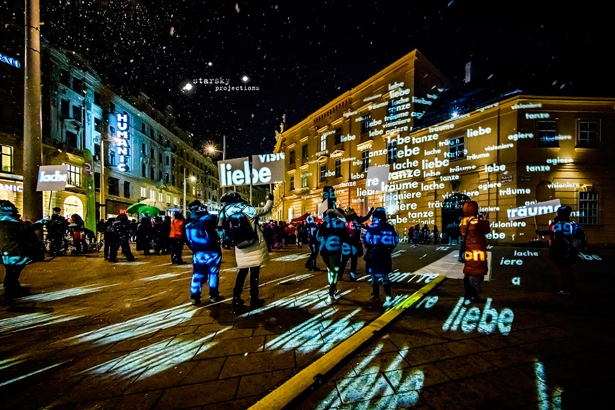 starsky, One billion rising, 2018, Platz der Menschenrechte Wien, Textintervention